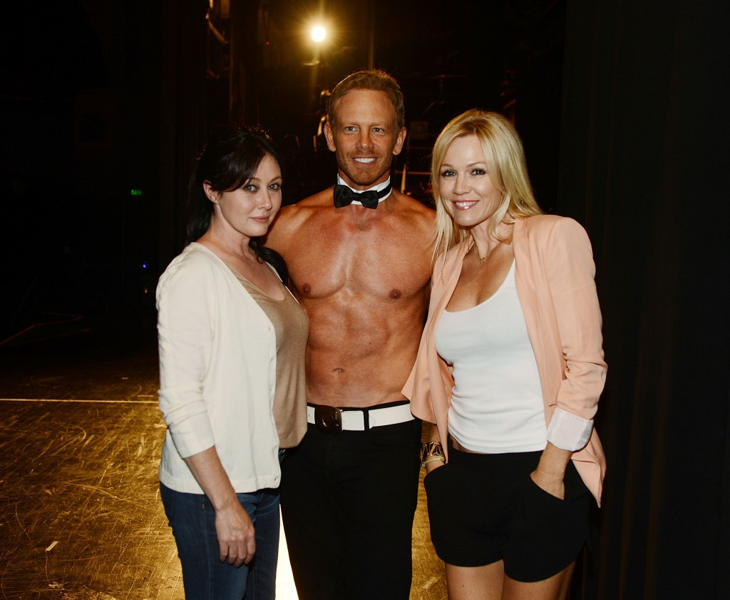 LAS VEGAS, NV - JUNE 30:  90210 reunion Shannen Doherty, Ian Ziering and Jennie Garth at CHIPPENDALES at Rio Hotel and Casino on June 30, 2013 in Las Vegas, Nevada.  (Photo by Denise Truscello/WireImage) *** Local Caption *** Shannen Doherty; Ian Ziering; Jennie Garth